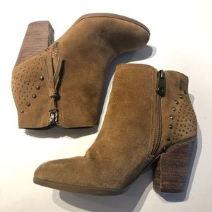 Guess Shoes - Guess WG Flores SZ6 high heel ankle suede booties